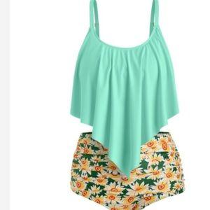 Sunflower bikini set plus size 2X ruched top NEW